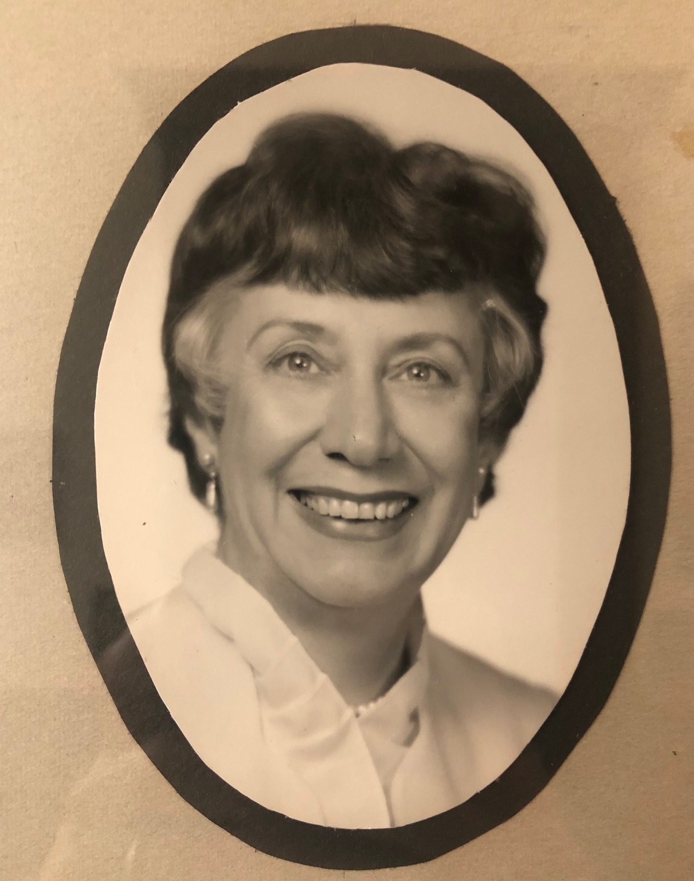 1980 - Gwen Trindl is elected to serve as Winnetka's first female Village President -