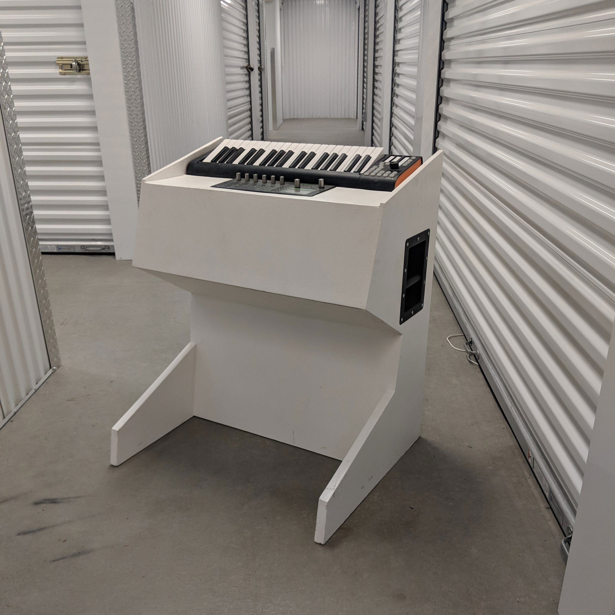 fabrication - synth station