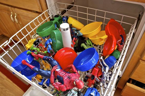 2-clean-toys-with-a-dishwasher.jpg