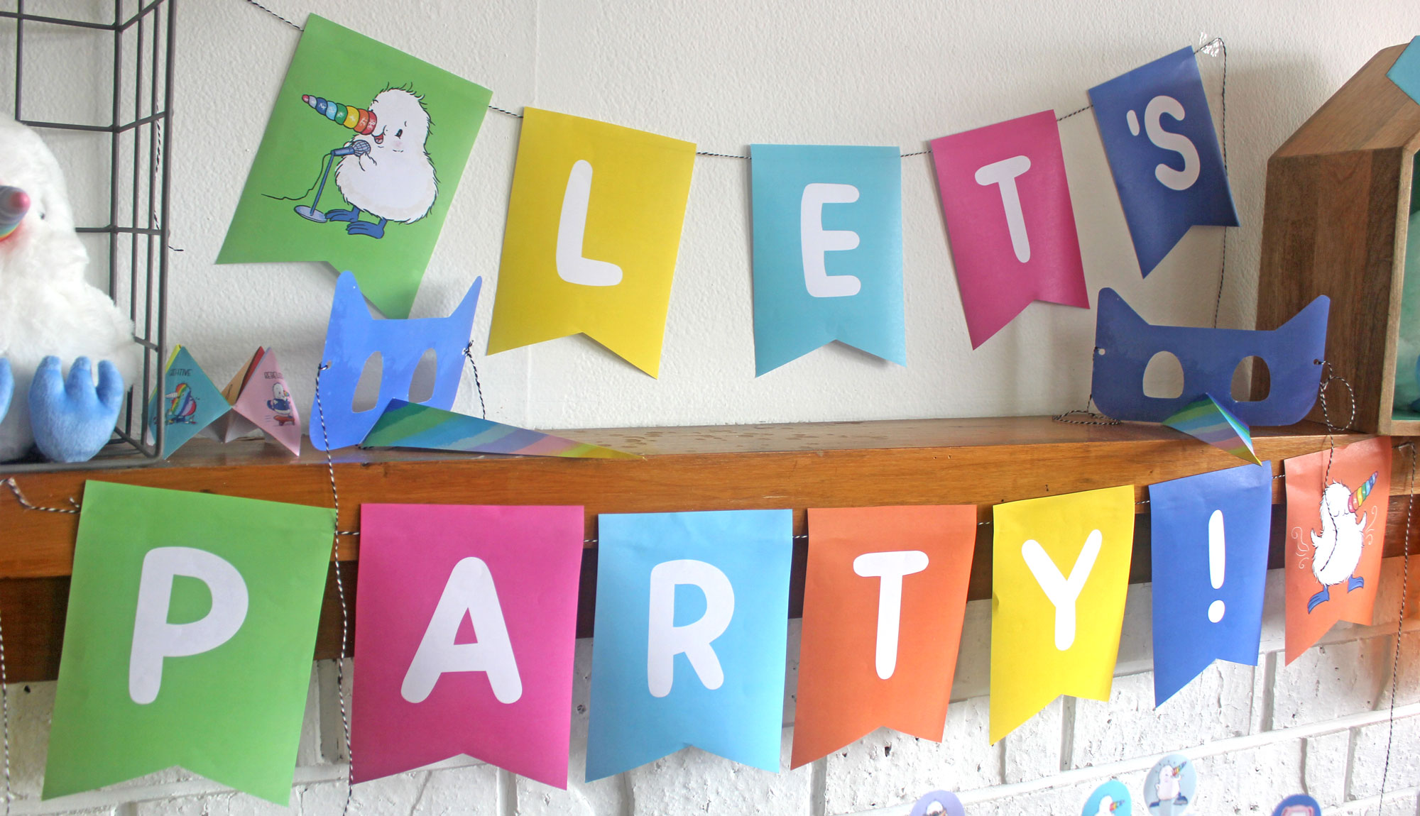'Let's Party!' Bunting   Set the scene with this colourful bunting   Download