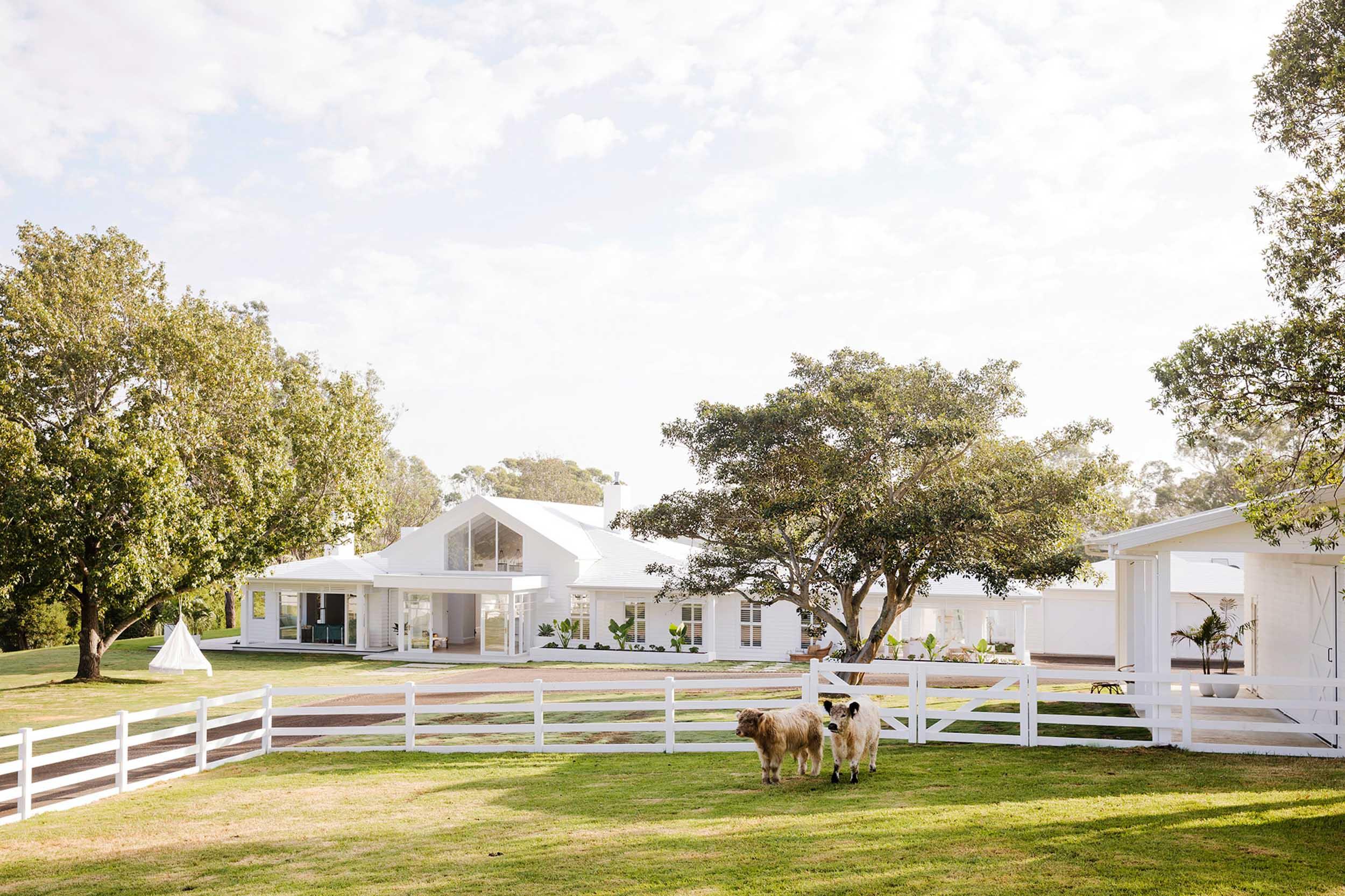 Exterior Bonnies Dream Home.jpg