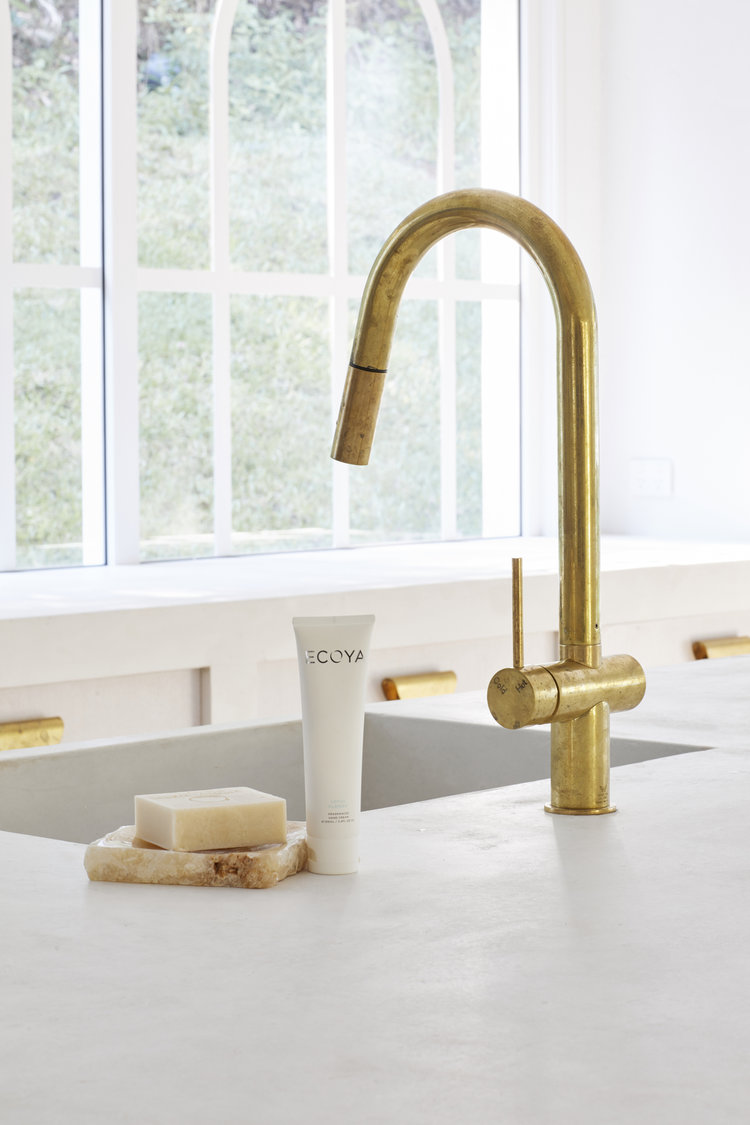 Gold Tap