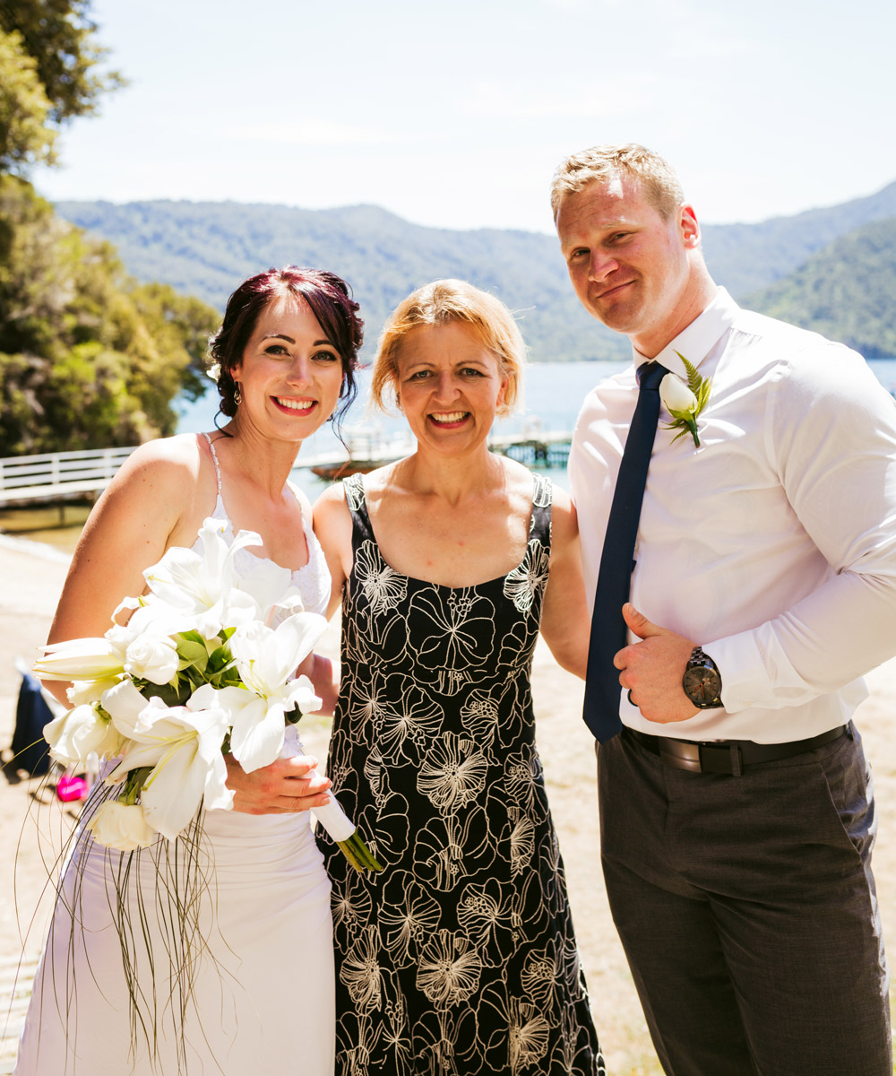 Congratulations Lili and Dylan. I am really looking forward to catching up with you both soon :)  Thank you for the wonderful photographs … by Hannah at  Sweetpeaphotography