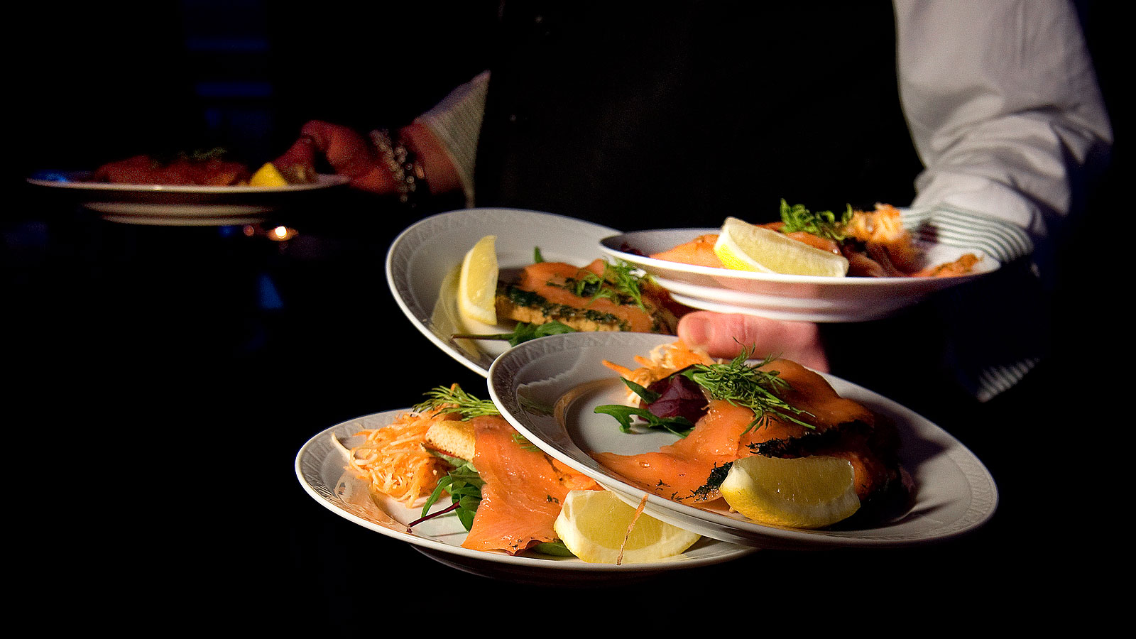 Folkets hus, Bacchus - The menu offers traditional Swedish food and has vegetarian options. To every meal there's a salad buffet, drink and tea orcoffee included.Only open Friday lunch during the event.Contact:+46520 – 42 25 21restaurang@trollhattan.fh.sehttps://www.trollhattan.fh.se/events/category/matochdryck/