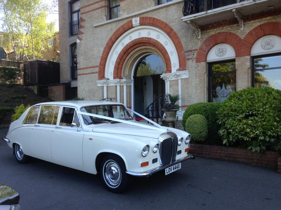 Classic-Car-Hire-Daimler-Limousine-1984-bridesmaids-car.jpg