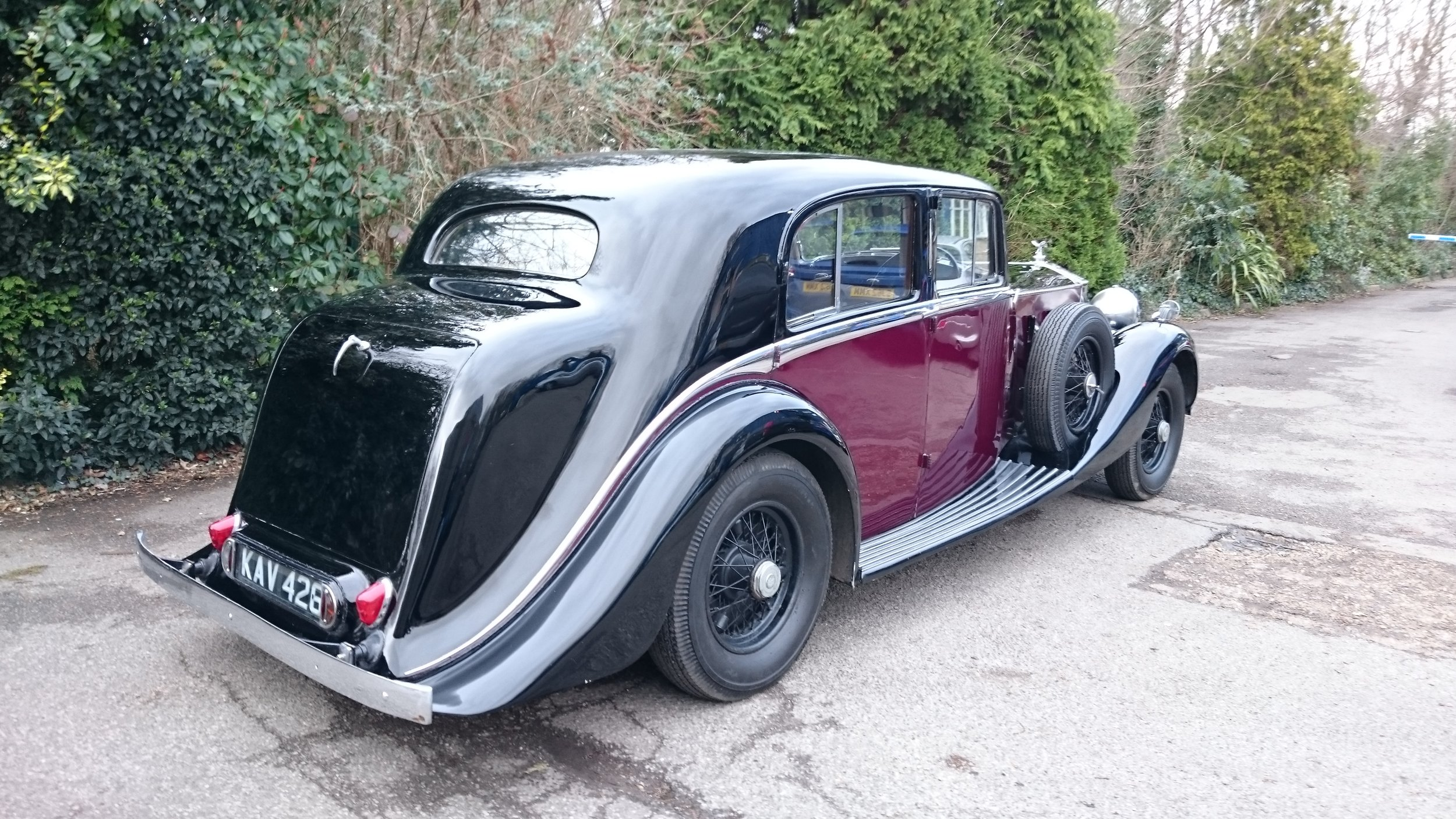 Classic Car Hire Rolls Royce Phantom III 1937 Birthday Party.JPG