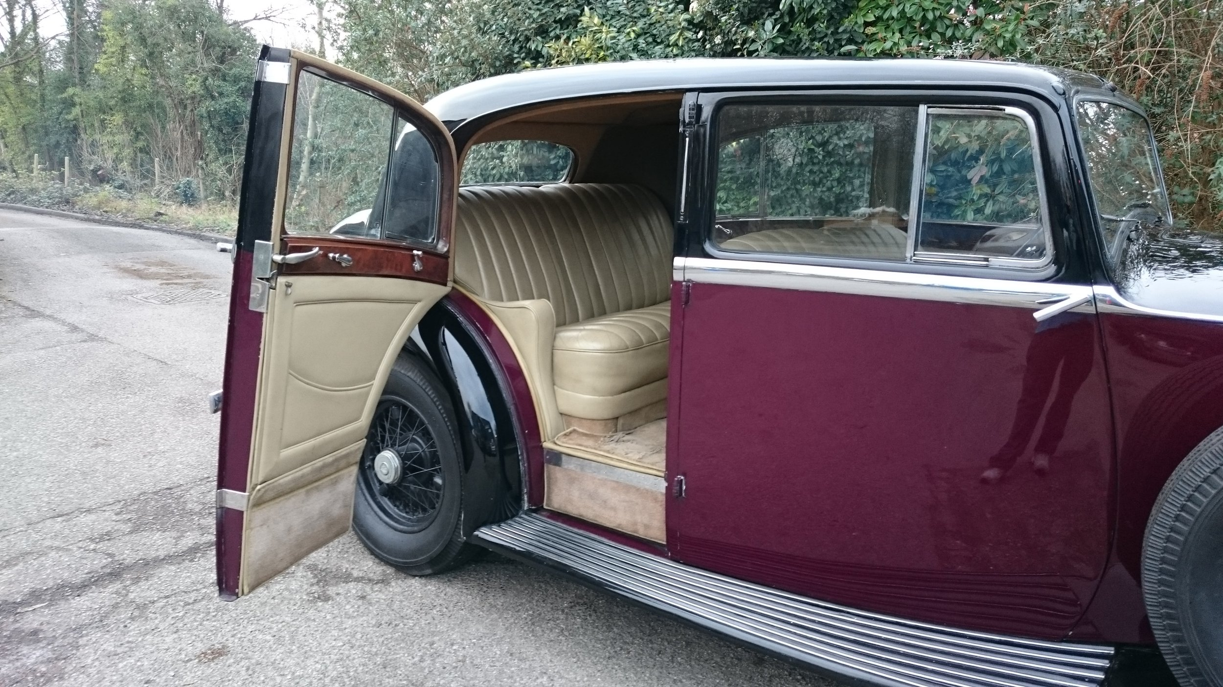 Classic Car Hire Rolls Royce Phantom III 1937 Film Car.JPG