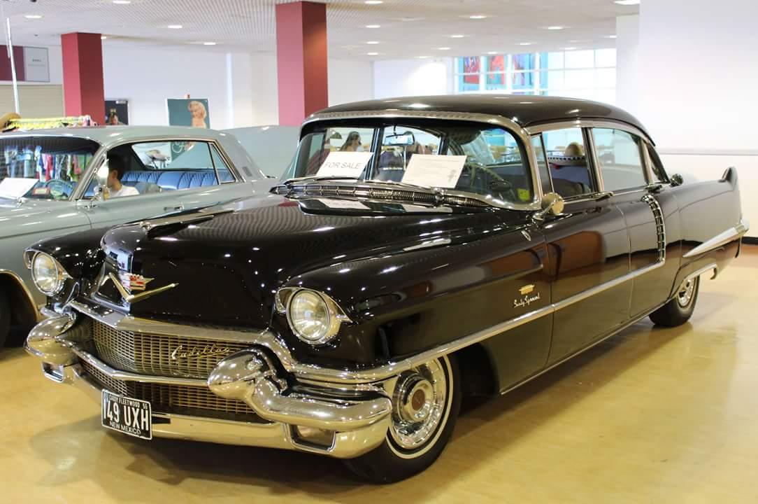 Classic-Car-Hire-Cadillac-Fleetwood-1956-sporting-event.jpg