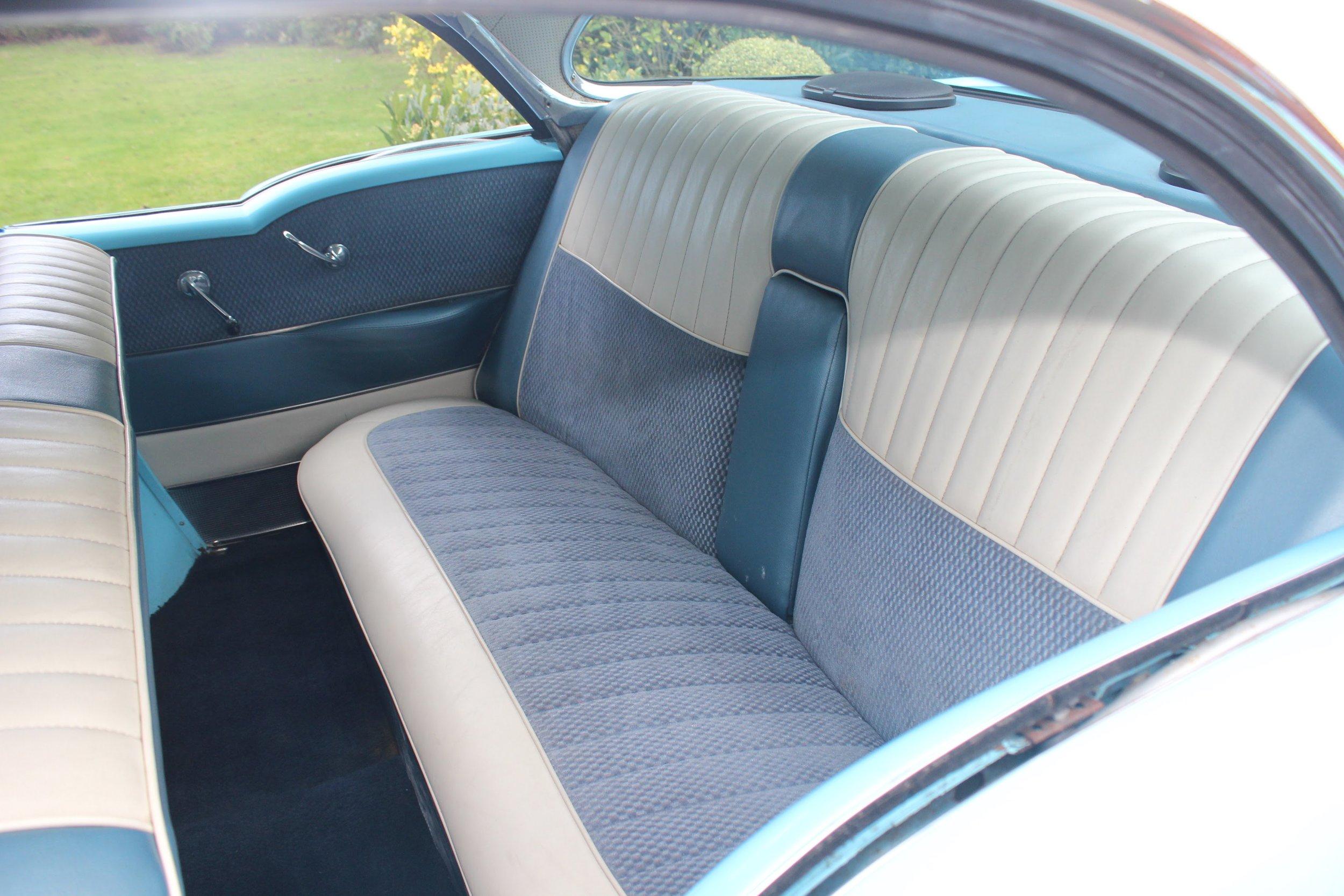 Classic-Car-Hire-Buick-1955-Century-interior.jpg