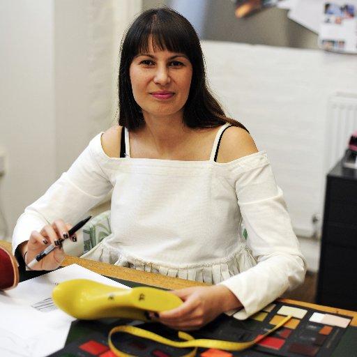 Founder Laura Villasenin