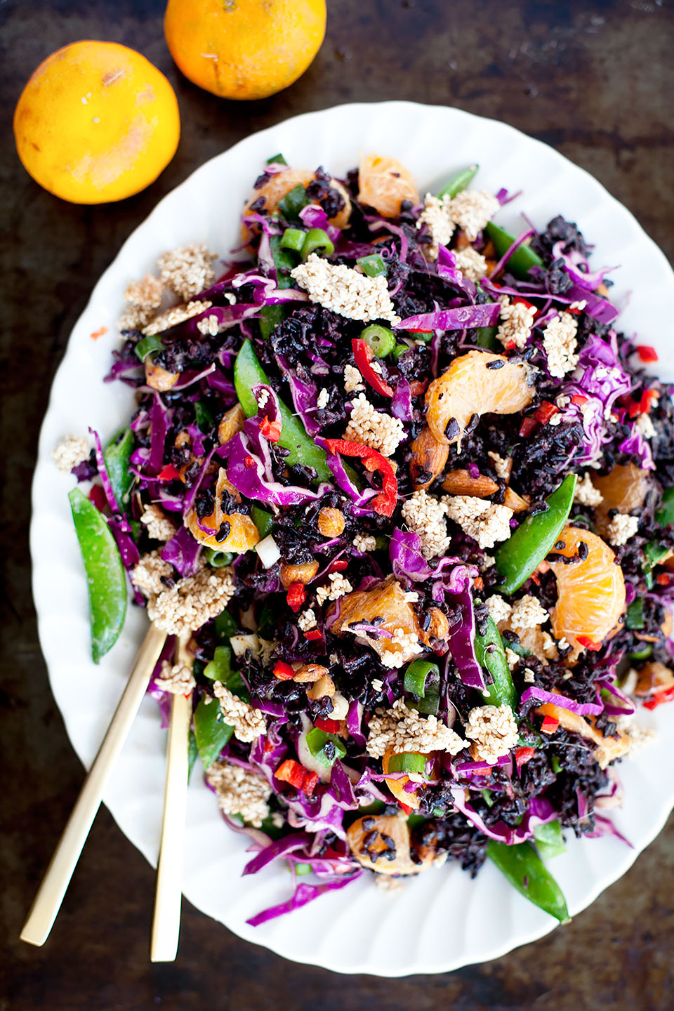 ORANGE & ALMOND BLACK RICE SALAD | A delicious salad served with snap peas, cabbage and ginger vinaigrette, full of flavor and crunch. Gluten-free and vegan. | LOVELEAF CO. #salad #easyrecipe #recipe #glutenfree #dairyfree #vegan #dinner #healthy #blackrice