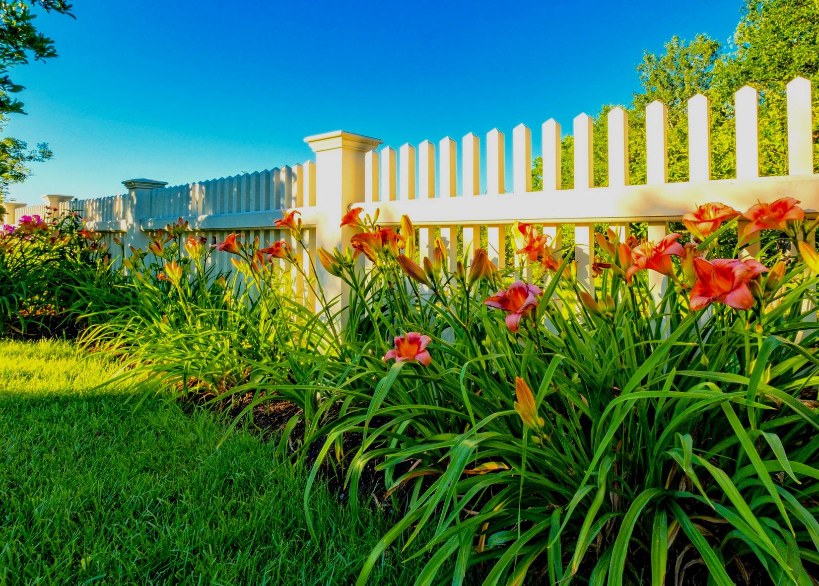 Fine Gardening Internship - at Pellettieri Associates, Inc.