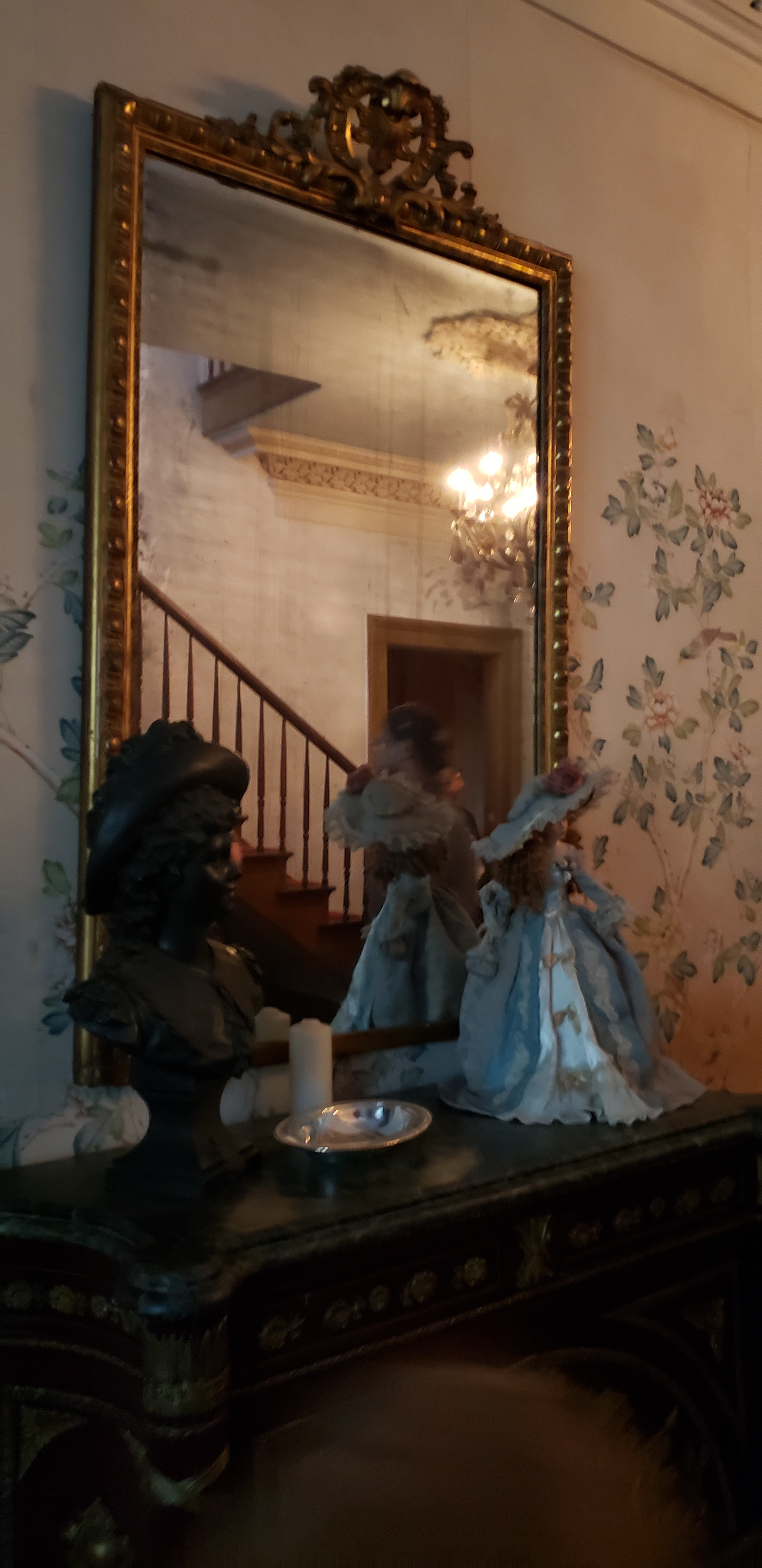 myrtles-plantation-mirror.JPG