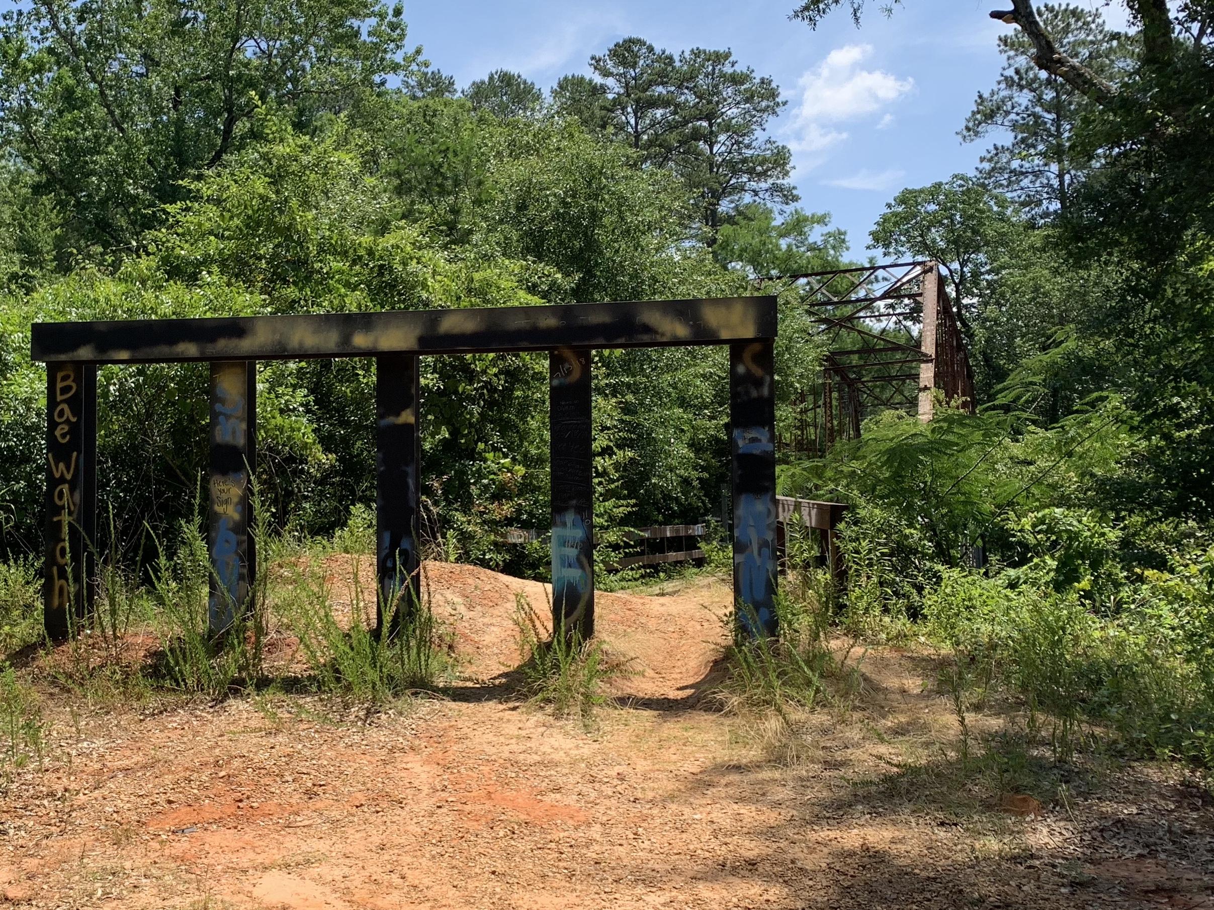 stuckeys-bridge-meridian