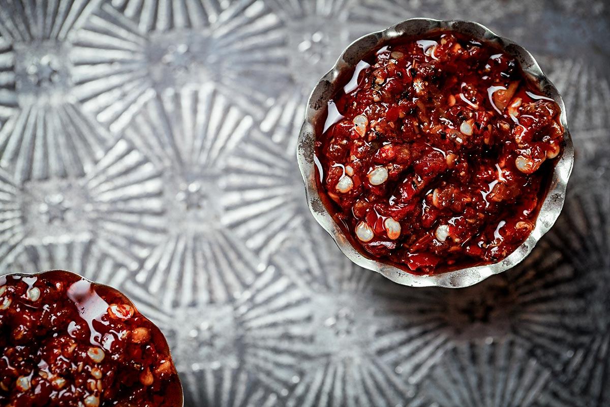 botanical-folk-nourish-sriracha-sauce.jpg