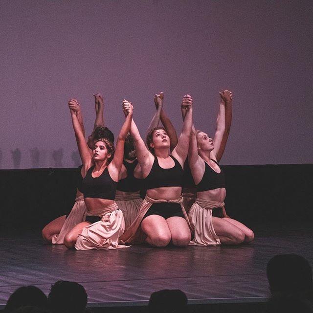 Happy International Dance Day 🖤 PC: @kyle_kazmier