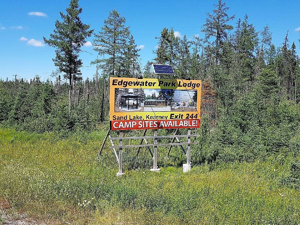 road sign.jpeg