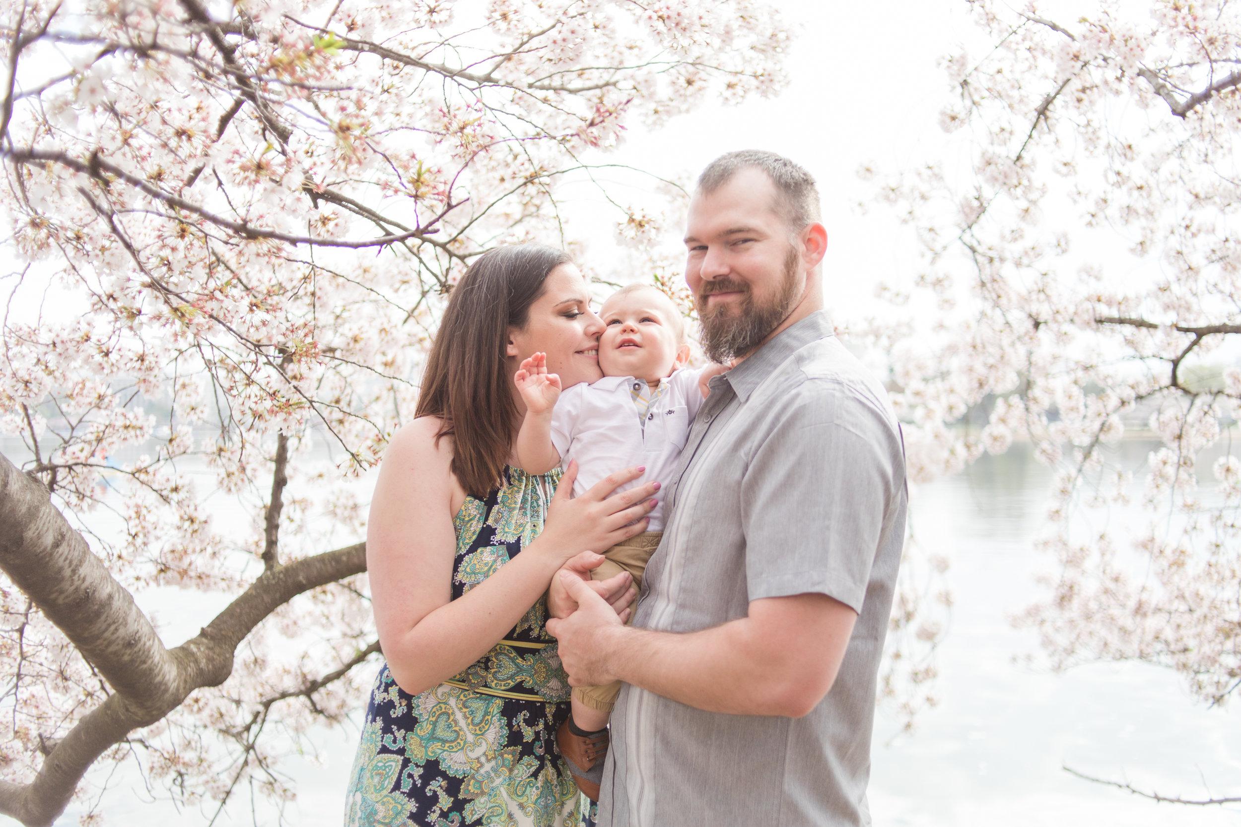mjmp shannanjohn dc cherry blossom engagement session-12.jpg