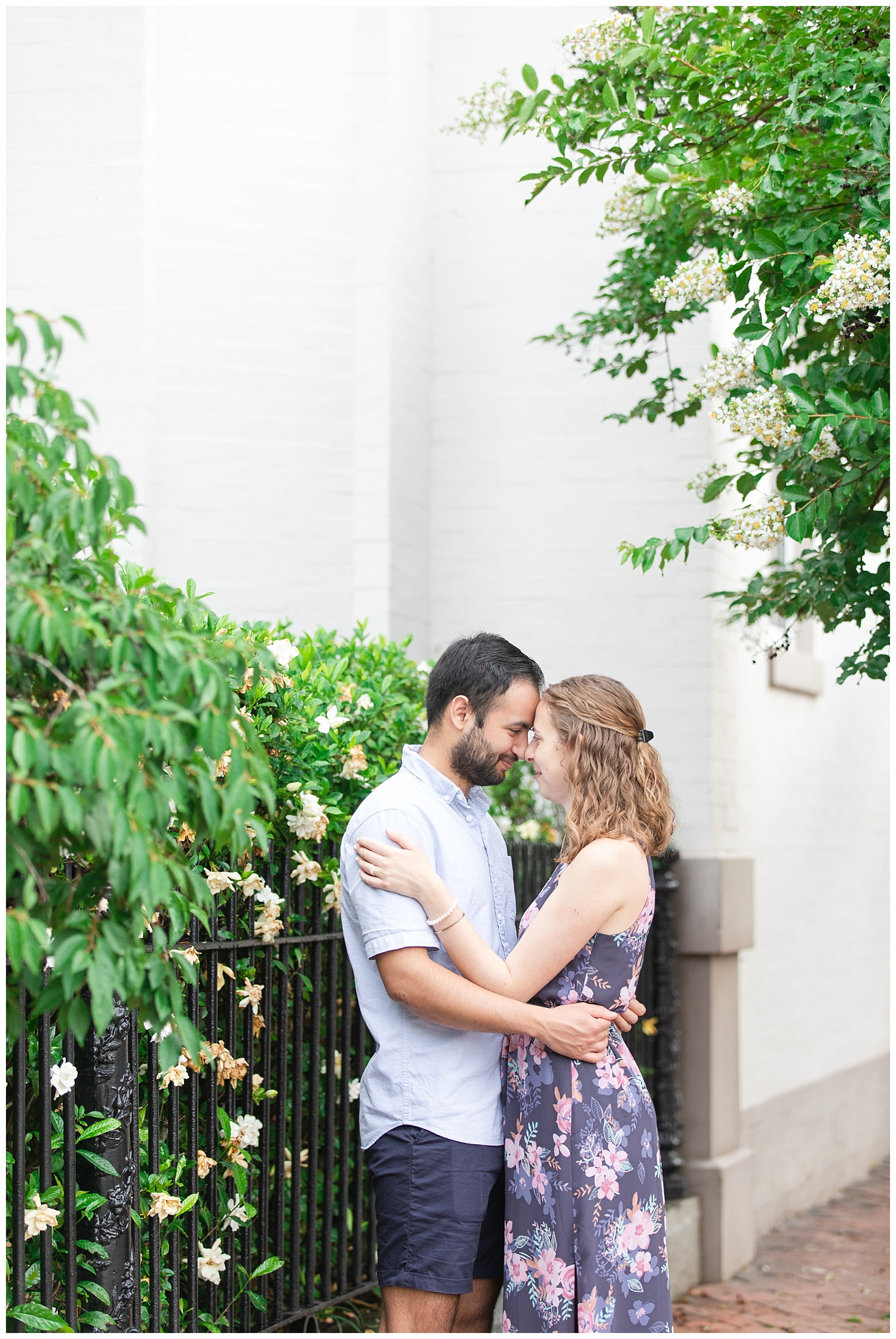 MJMP Richmond Wedding Photographer Libby Hill Park Engagement Photo_0010.jpg