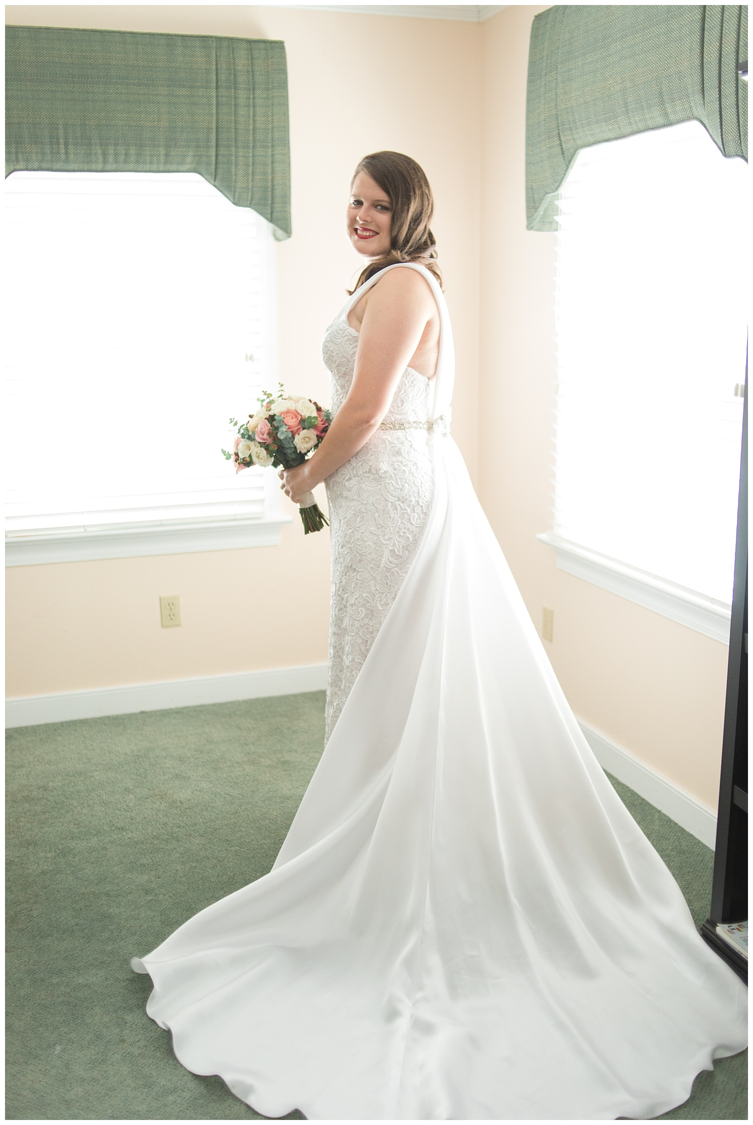 MJMP Richmond Wedding Photographer Indian Creek Yacht Country Club Wedding Photo_0017.jpg