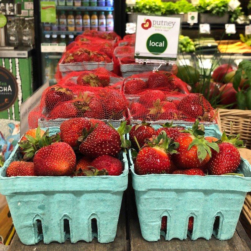 Fresh-local-strawberries-putney-coop-produce-dept.