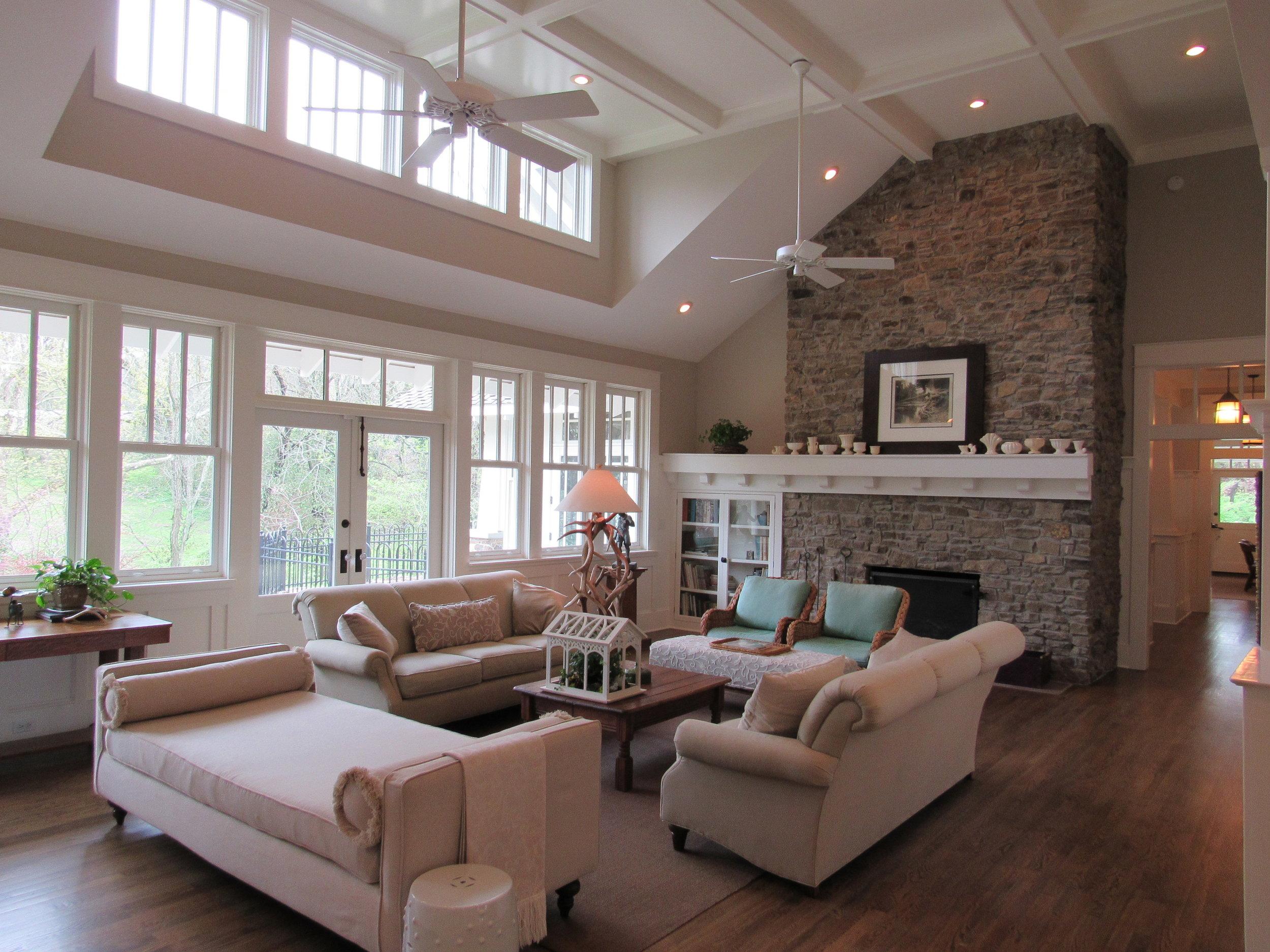Living Room/Fireplace