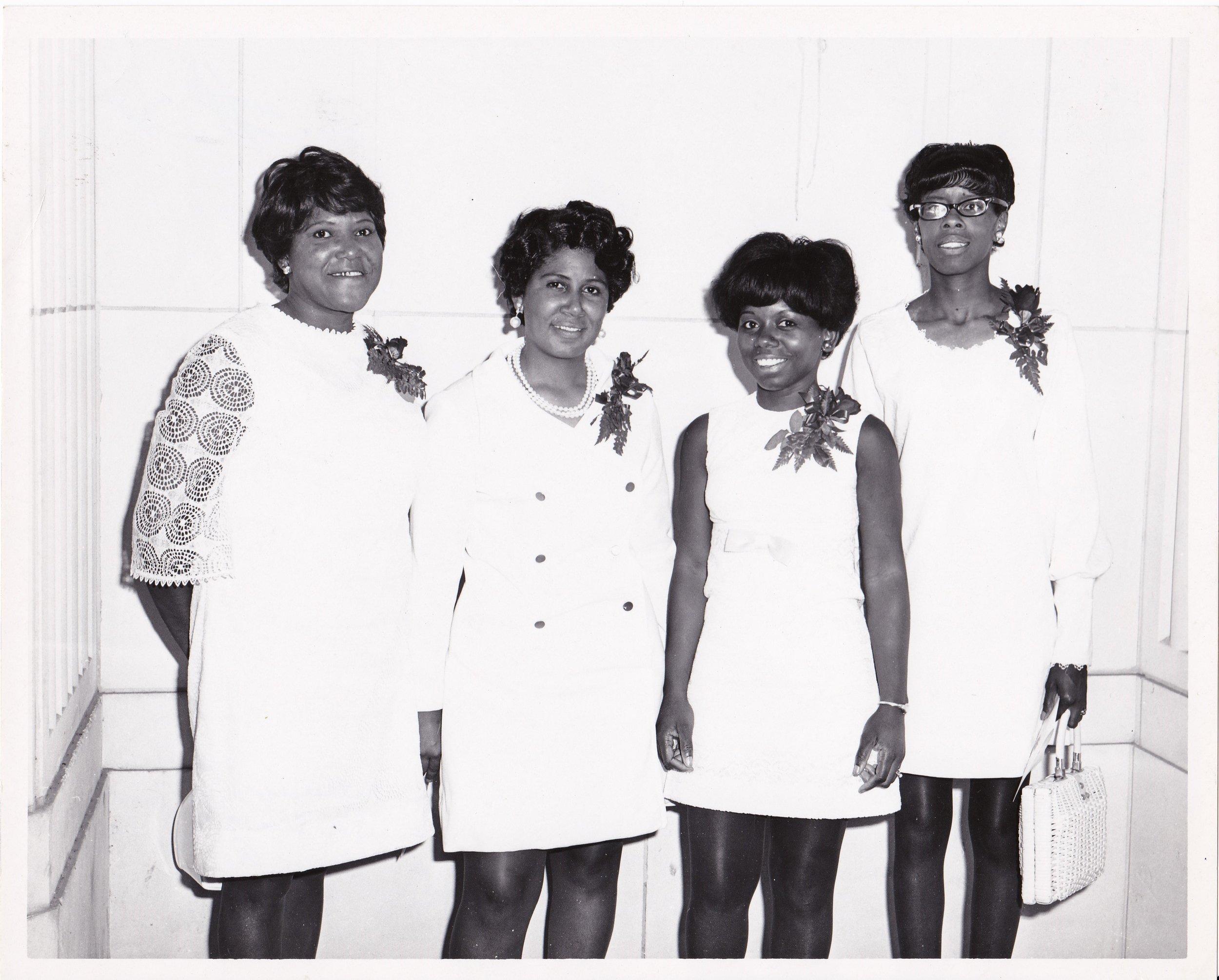 '70 Catherine Miller, Lorraine Washington, Mary Harrell, Sandra Hamilton