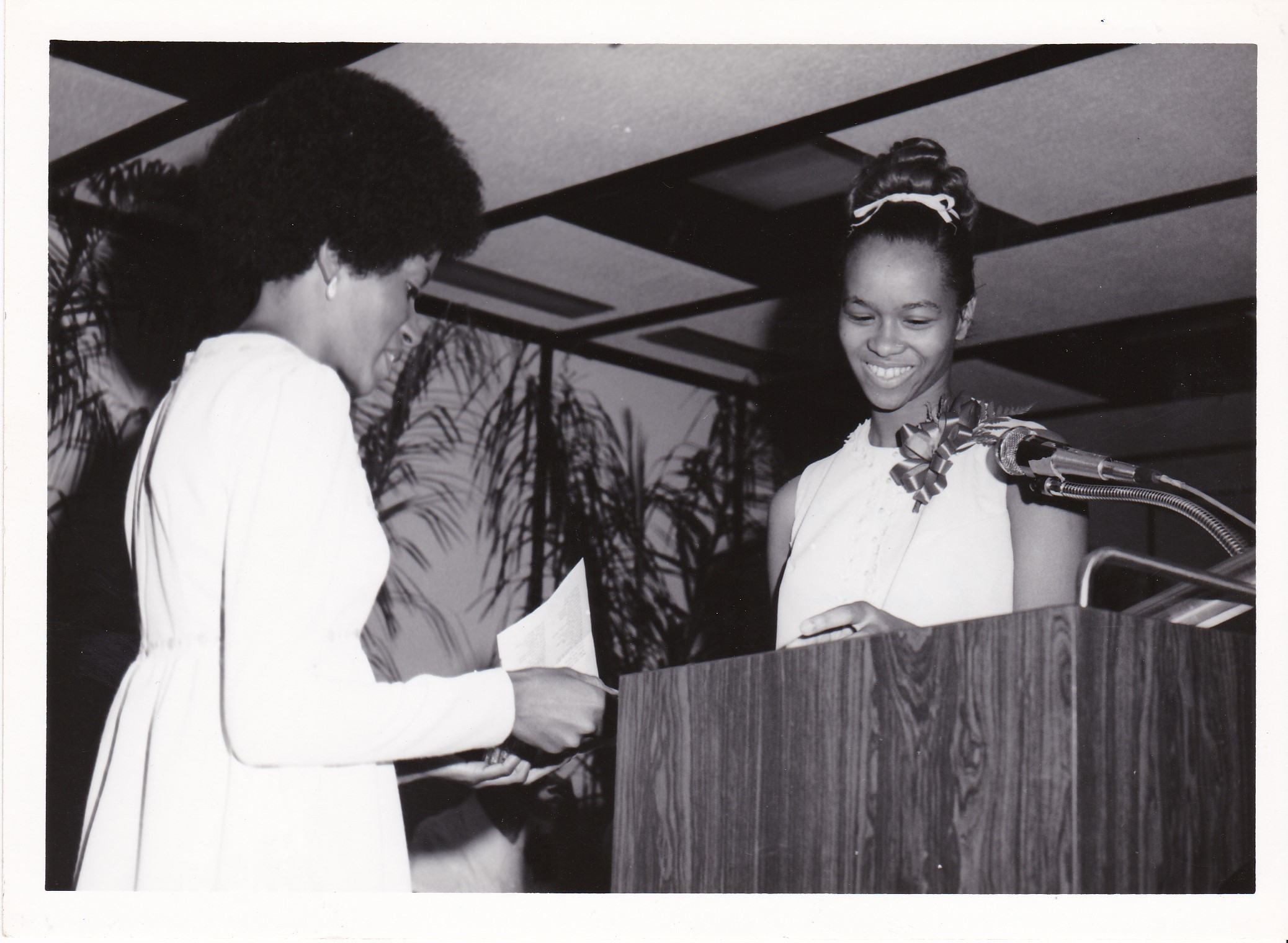 '72 Cora Watkins '72 and Rhonda Dauphin '69
