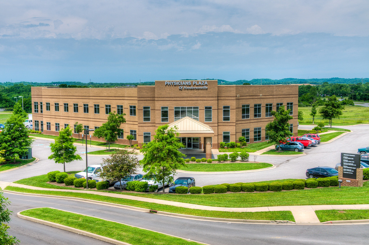 Physicians Plaza of Hendersonville