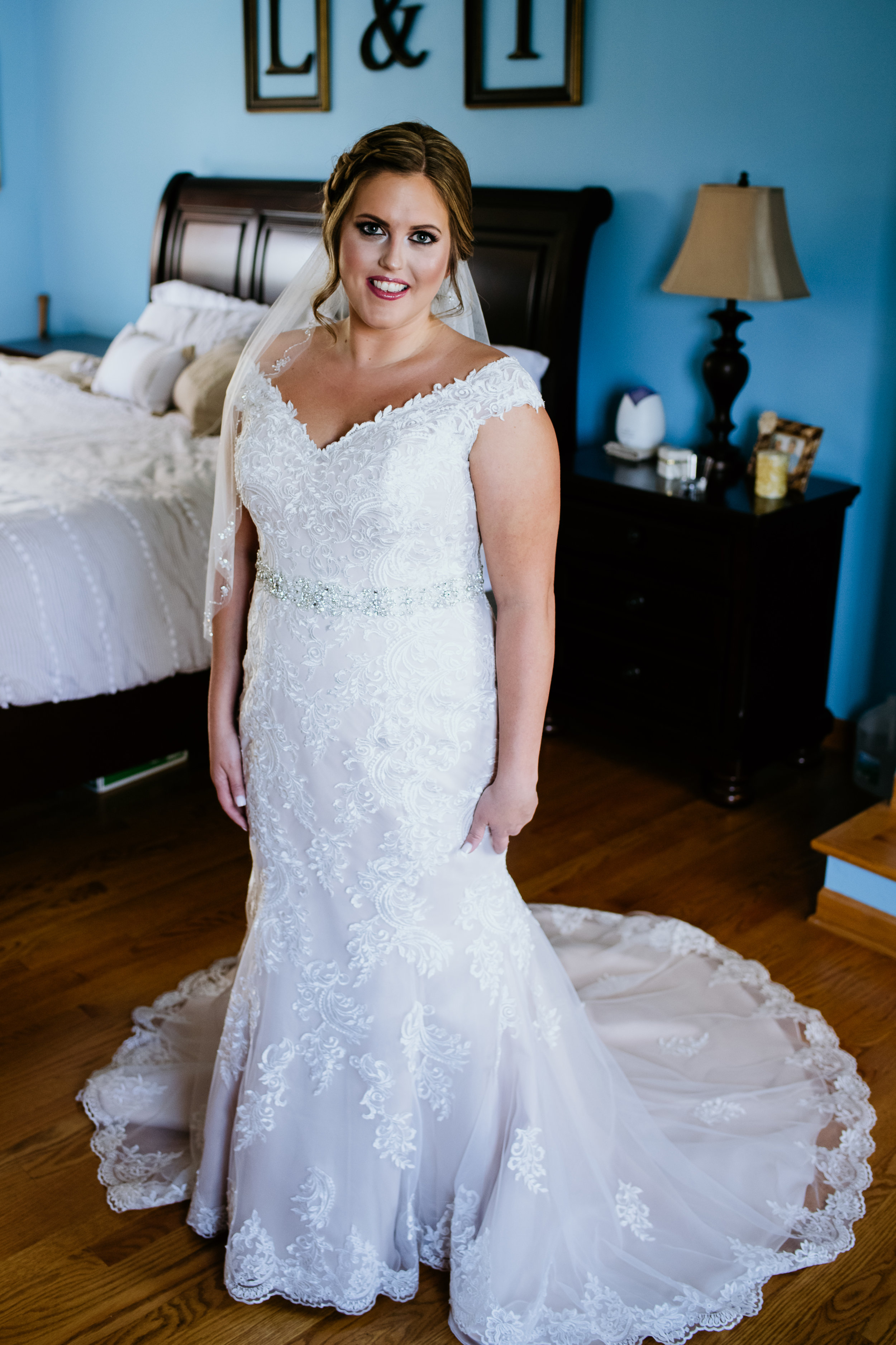 a4b3f2bb3288 Laura looked absolutely gorgeous in her gown, look at all of that beautiful  lace detail!