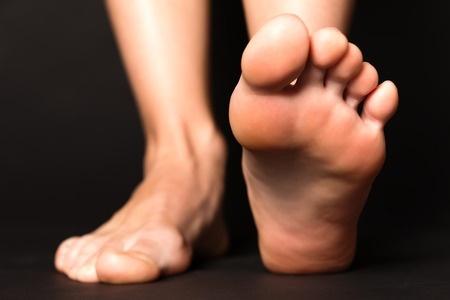 41664937_S_Feet_Toes_Heel.jpg