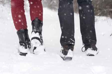 50277578_S_snow_winter_boots_man_woman.jpg