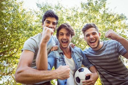 44848102_S_adult_soccer_men_.jpg