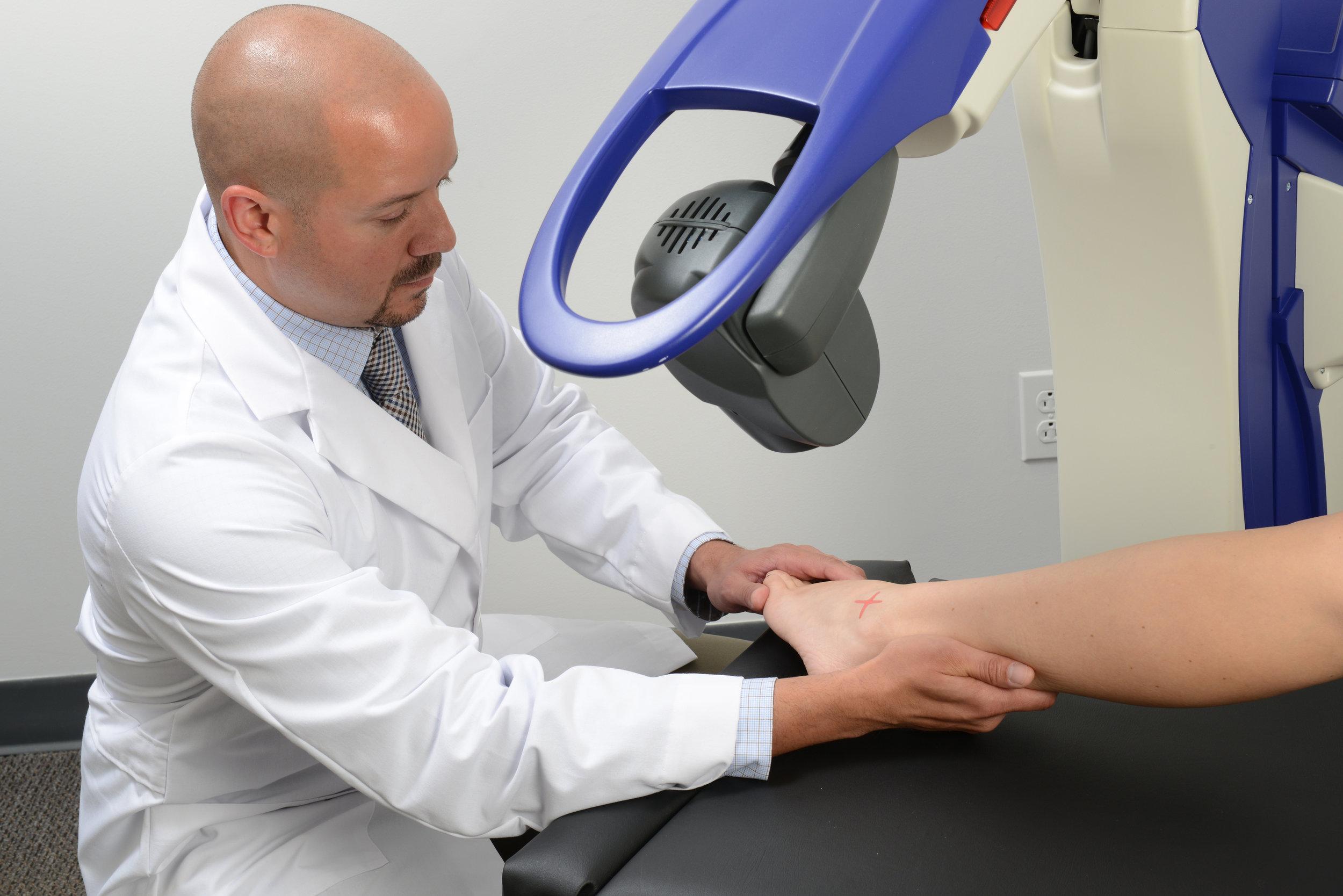 LAS-Laser-Therapy2.jpg