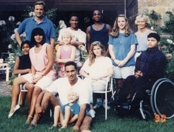 Top row: Dad, Peik Tage, Anika, Mom Middle row: Siri, Kari, Nissa, Britta, Christian Bottom row: Jens, Trygve