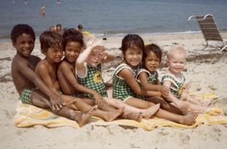 7 under 7 ~ circa 1978 Tage, Jens, Peik, Anika, Kari, Siri, Britta