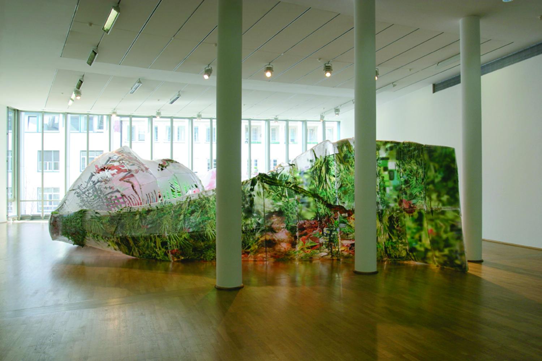 Predator, 2001
