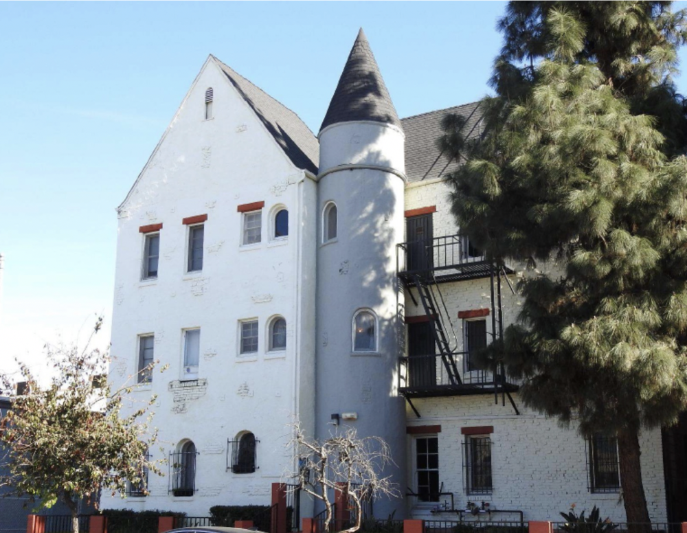 Chateau Westmoreland - 24 Unit Complex in Los Angeles, CAPurchased in November 2018