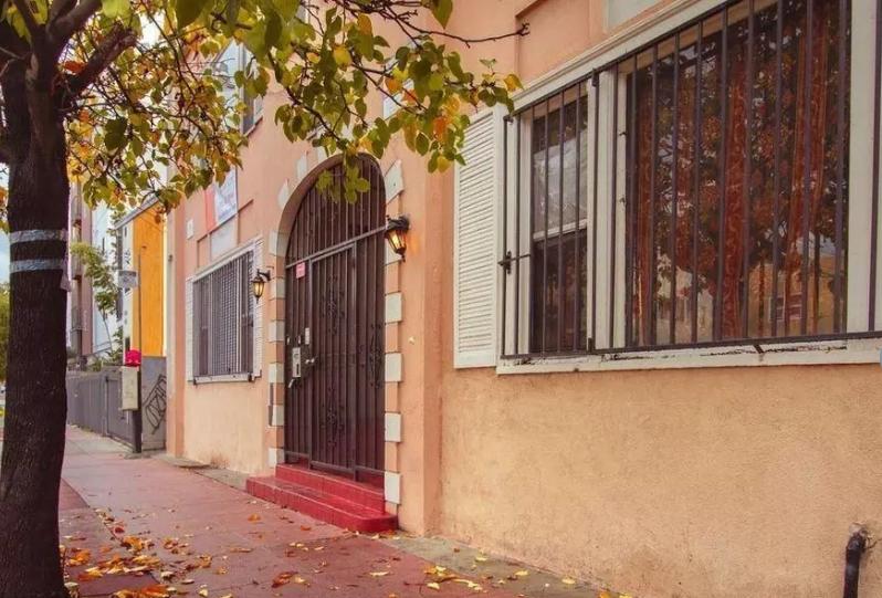 James Wood/Arapahoe - 25 Unit Purchase Split Between Two Properties in Los Angeles, CAPurchased in November 2018
