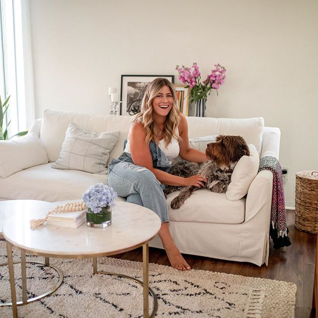 Good morning, friends! I'm home from my little San Diego vacation and getting back into the swing of things. I'm working on a blog post featuring my full living room reveal. The finishing touches were these rugs from @rugs_usa and a few fun pieces I found from the Melrose Trading Post. Keep an eye out later this week for the full post.