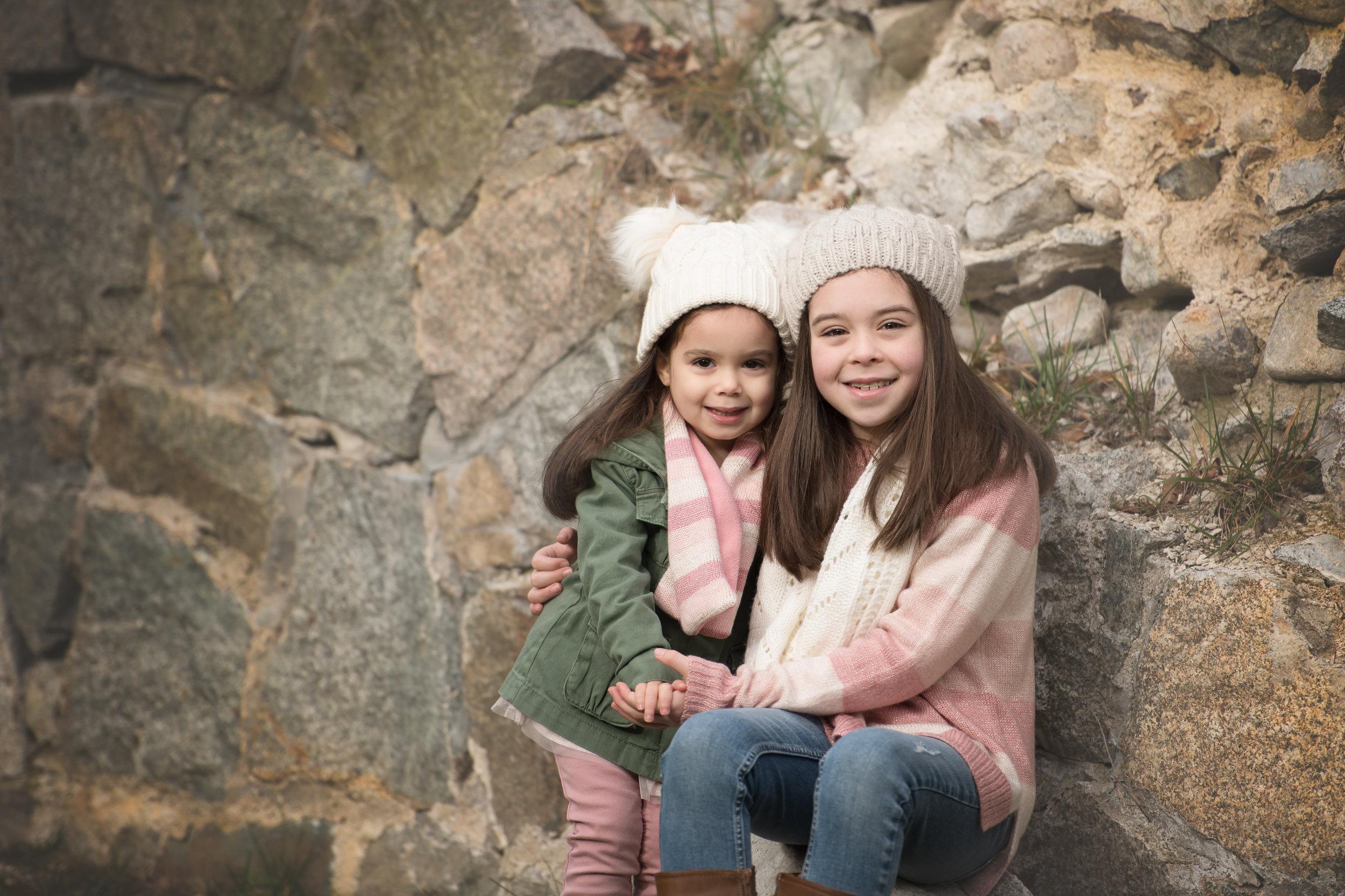 Girls in Hats Fall Queset House Easton MA