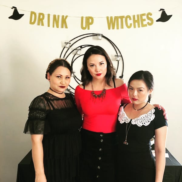 Me and my witches 😈☠👻 Happy birthday to me that Chilling Adventures of Sabrina came out just in time to have a spooky party.