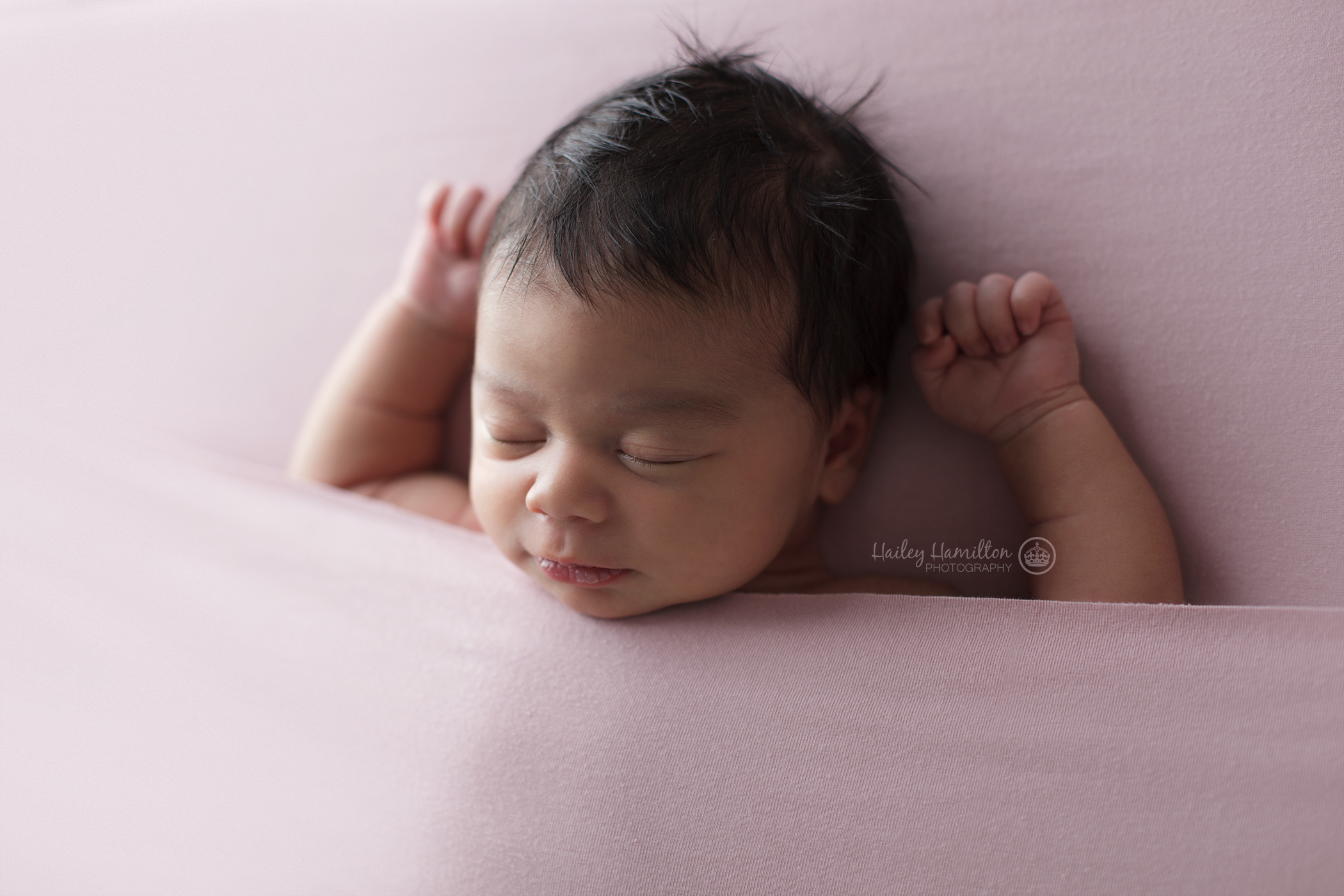 Calgary-AB-newborn-photography-posing-workshop-studio-mentoring.png