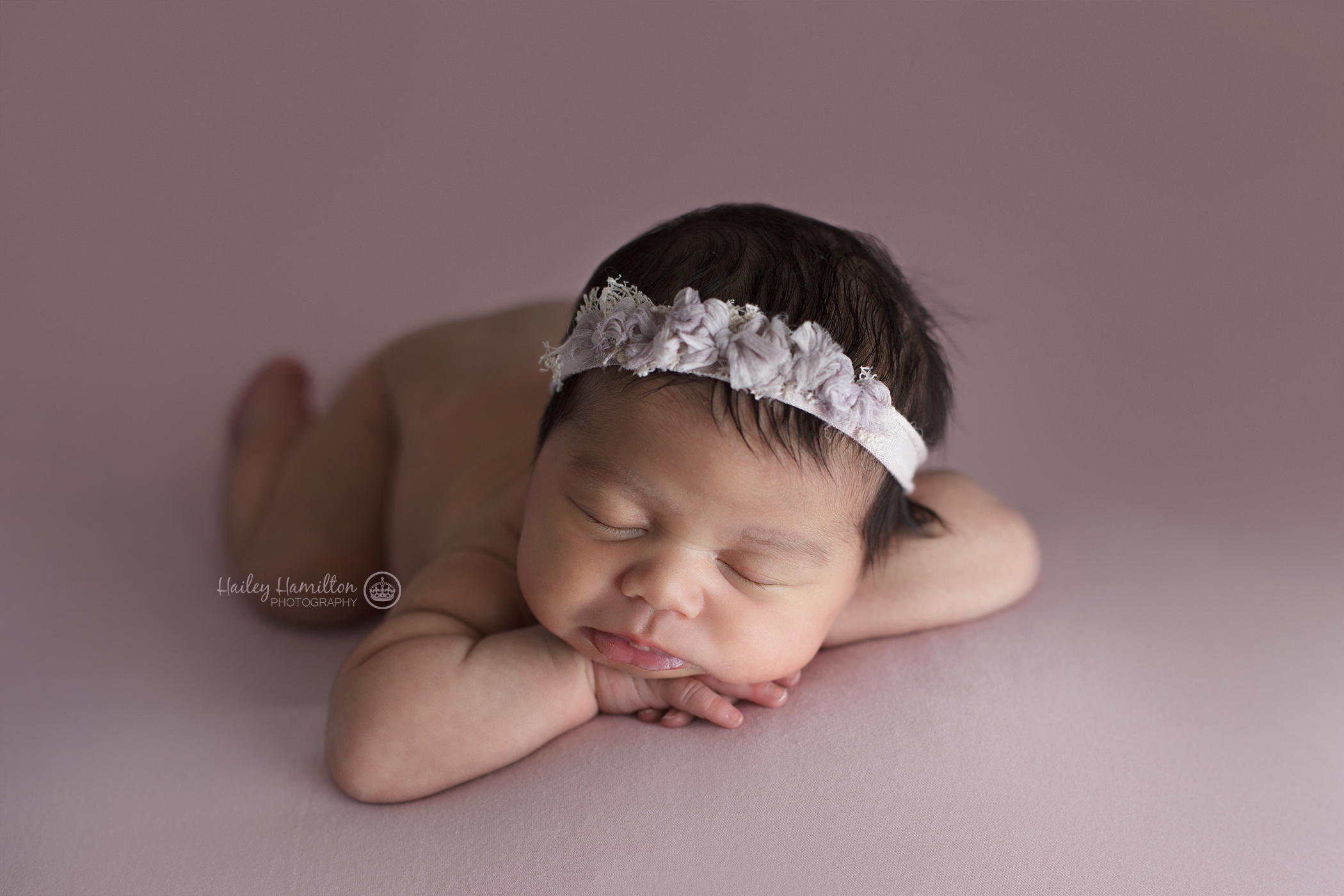 professional-baby-pictures-Calgary-SE-newborn-photographer.png