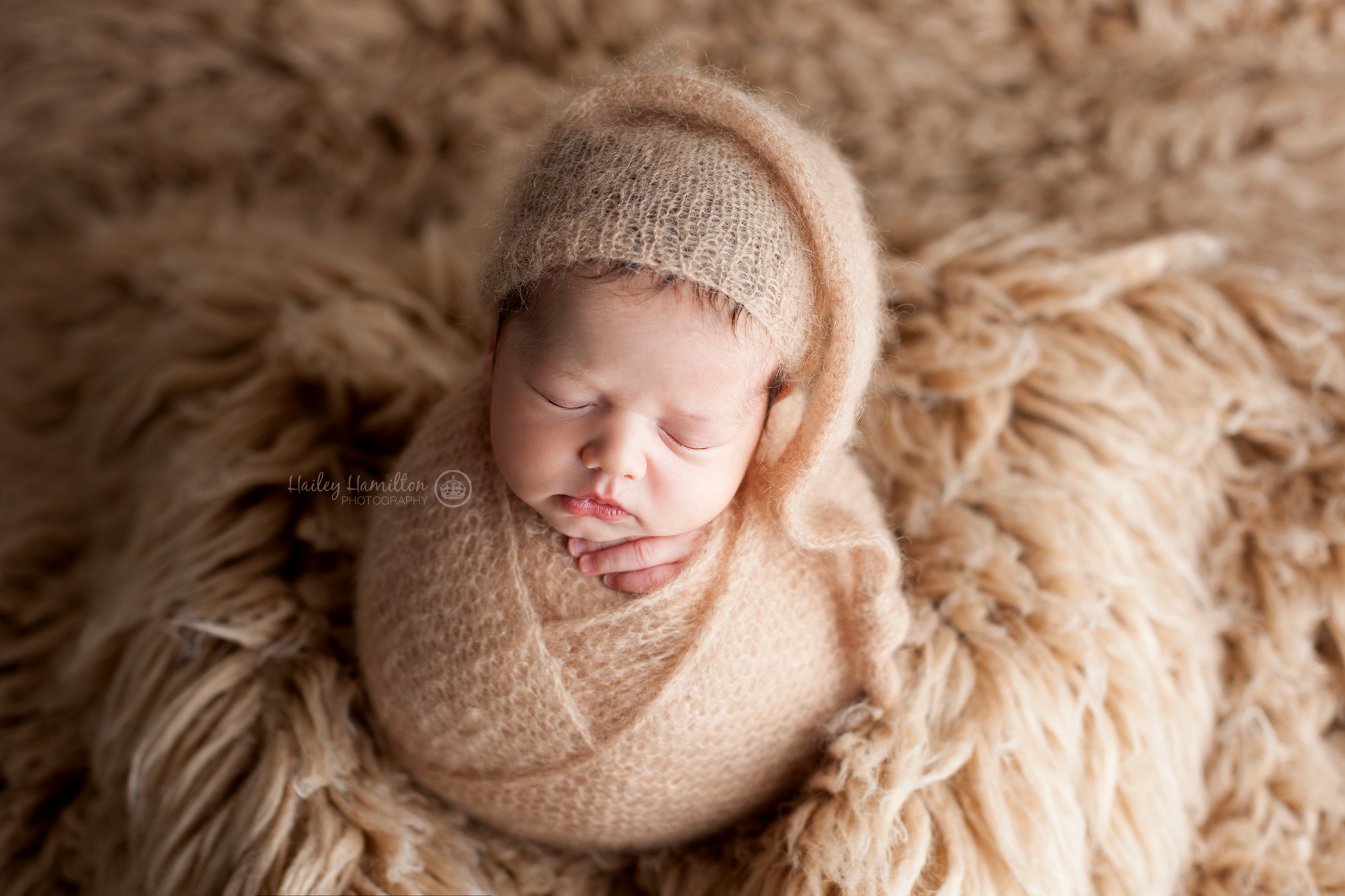 Calgary-newborn-photographer-studio-photography-baby-session.png