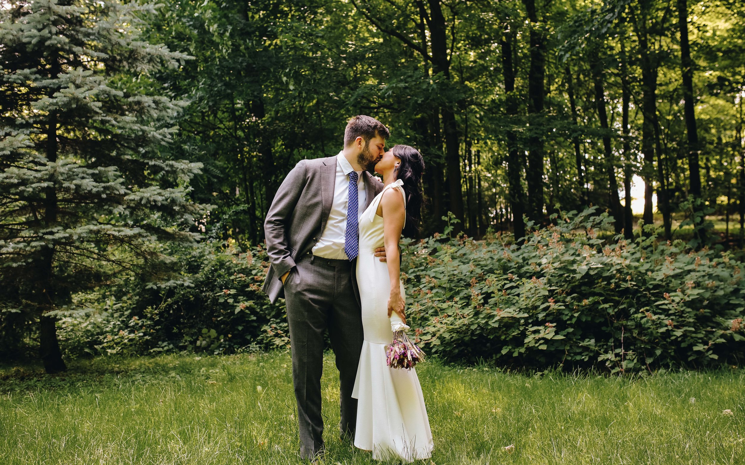 190615_Eryn_Nico_WeddingSneakpeek-12.jpg
