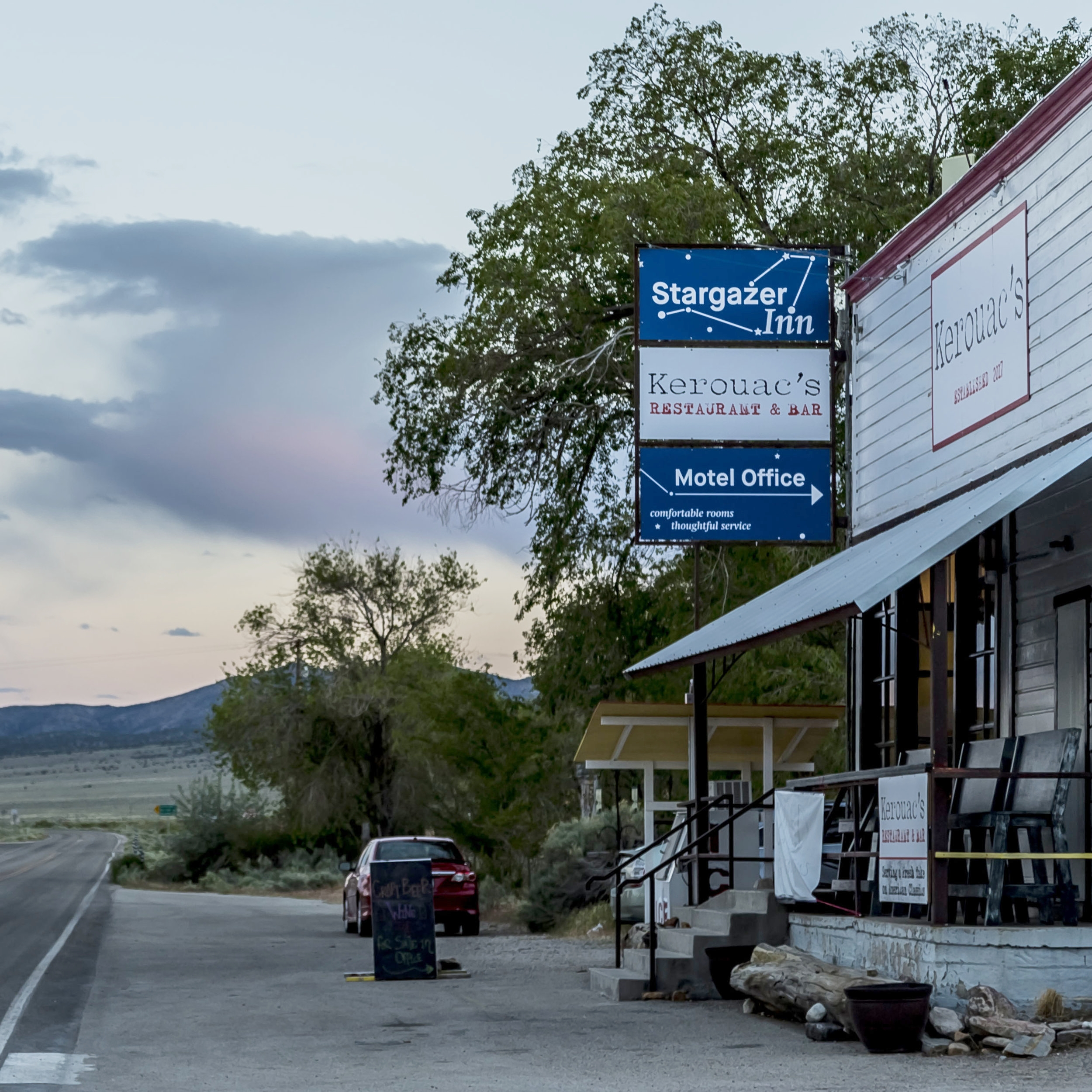 Motel - Stargazer Inn