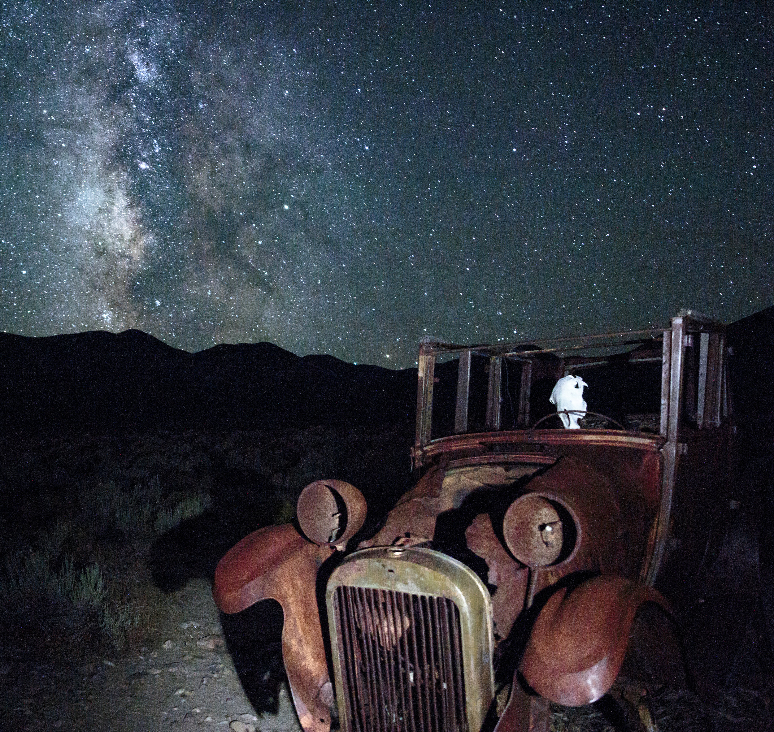 - Roadside Attractions & Scenic Drives