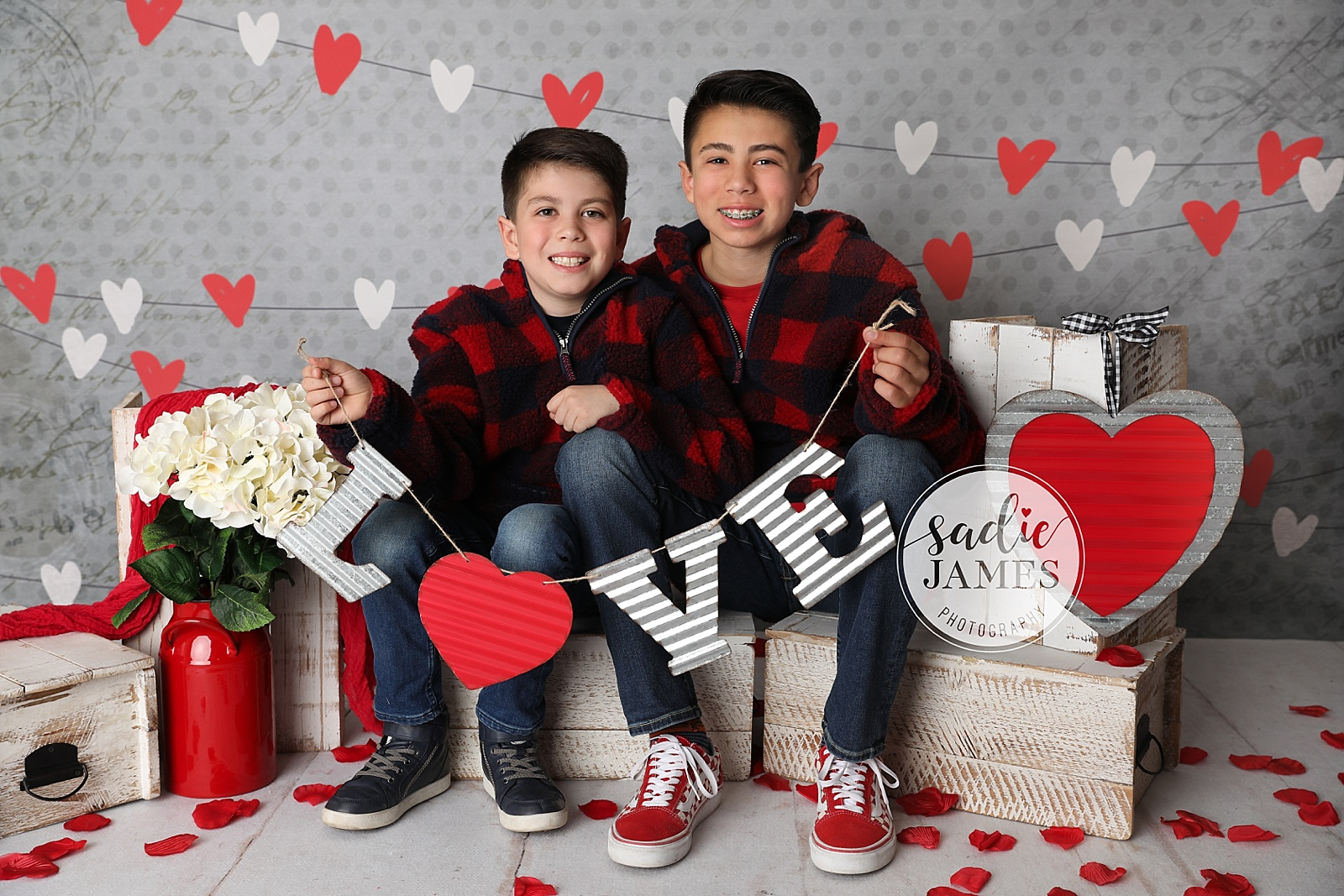 Sadie James Photography | CA family photographer | Orange County CA family photographer | Orange County family photographer | California family photographer | California family photographer | Valentine's Day Mini sessions | Valentine's Day, heart day, valentine's day minis