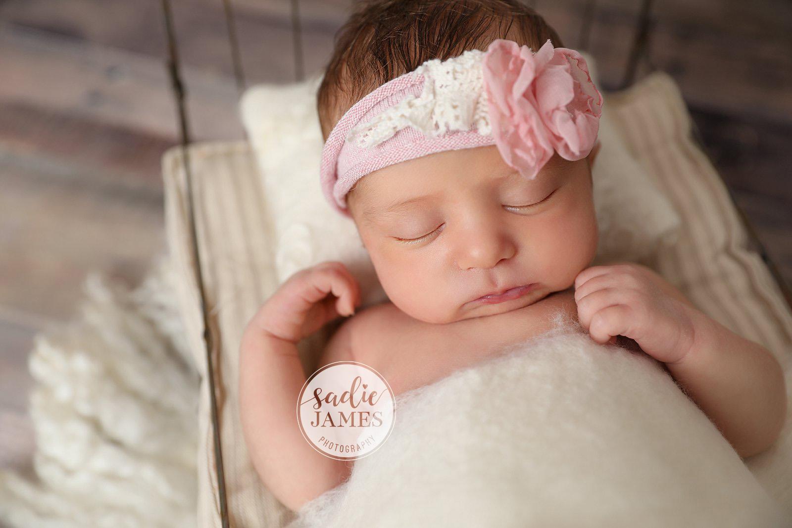 Sadie James Photography | Orange CA newborn photographer | California newborn photographer | CA newborn photographer | Orange County newborn photographer | Destination newborn photographer | newborn photography